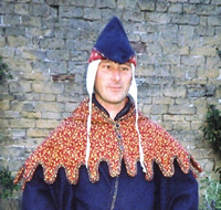 Red Leaf Brocade 'U' dagged Hood and Liripipe